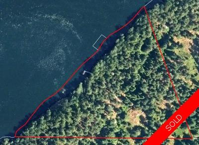 Salt Spring Island Oceanfront Acreage & Cabin for sale: Small Cabin & Dock (Listed 2018-01-12)
