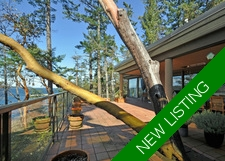 Vancouver Island Oceanfront Estate & Acreage for sale: 3 bedroom 3,650 sq.ft. (Listed 2017-03-30)