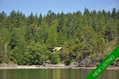 Okeover Inlet 1 Bed + Loft Oceanfront Cabin for sale: 1,250 sq.ft. (Listed 2020-06-10)
